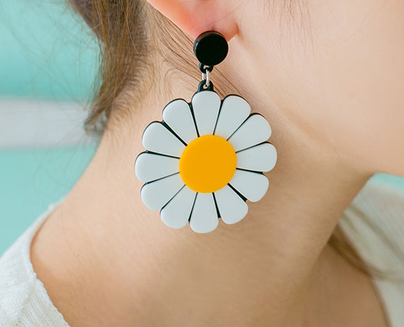 earring daisy dangle img shop spots earrings yellow white handmade spot enamel