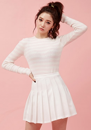 Early Spring Top by Chuu